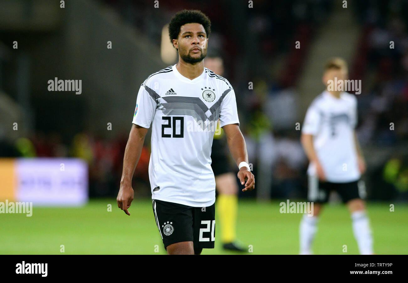 Clasificación para la Eurocopa 2020, Alemania - Estonia 8:0, Opel Arena Mainz: Serge Gnabry (GER). Imagen De Stock