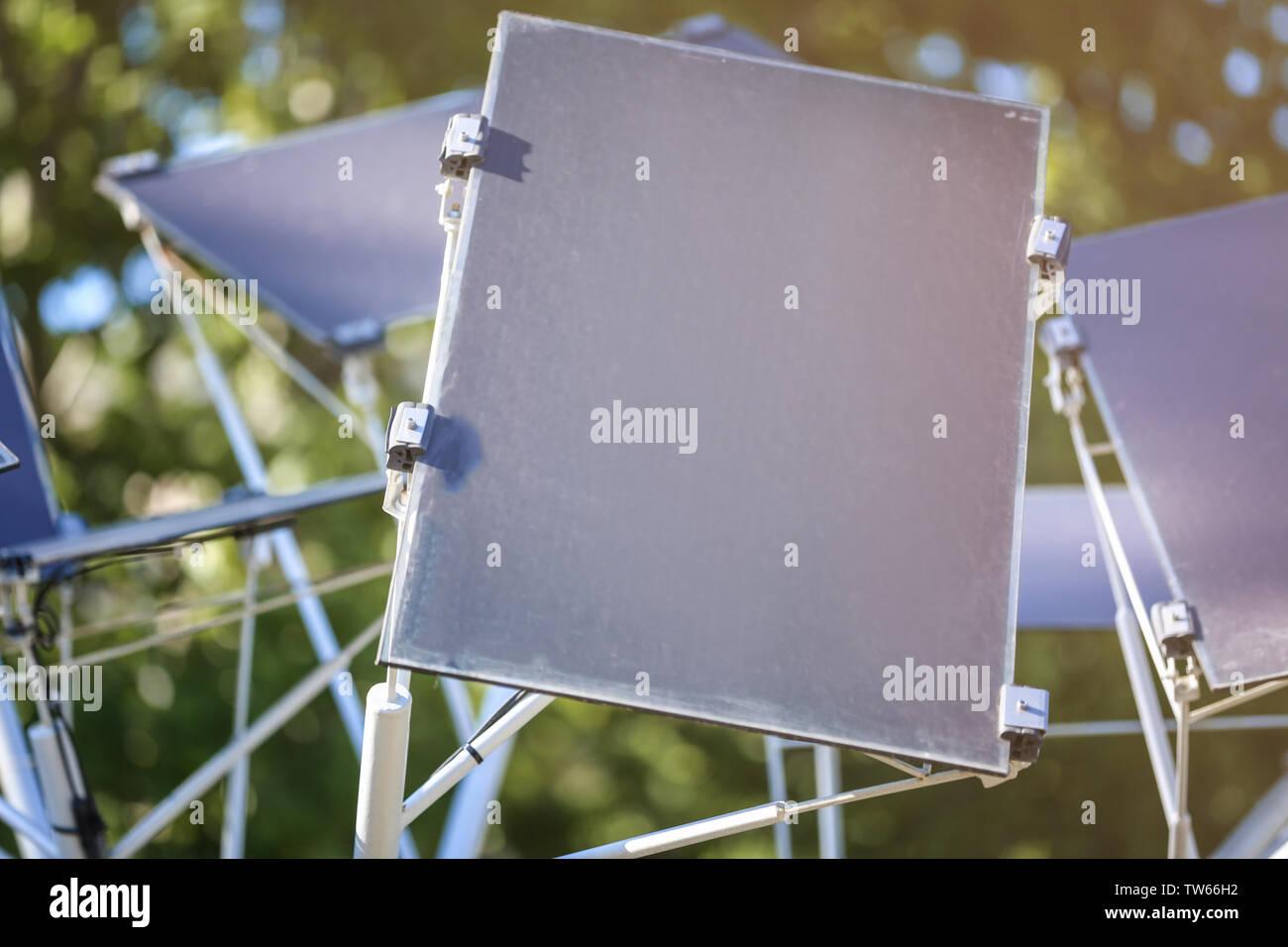 Panel solar en el polo en el exterior Imagen De Stock