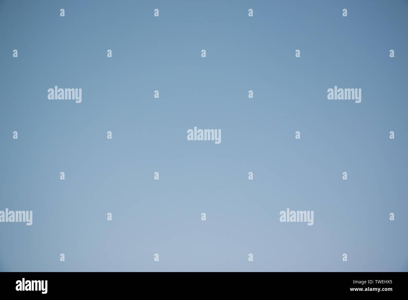 Fondo de cielo azul, sin nubes Imagen De Stock