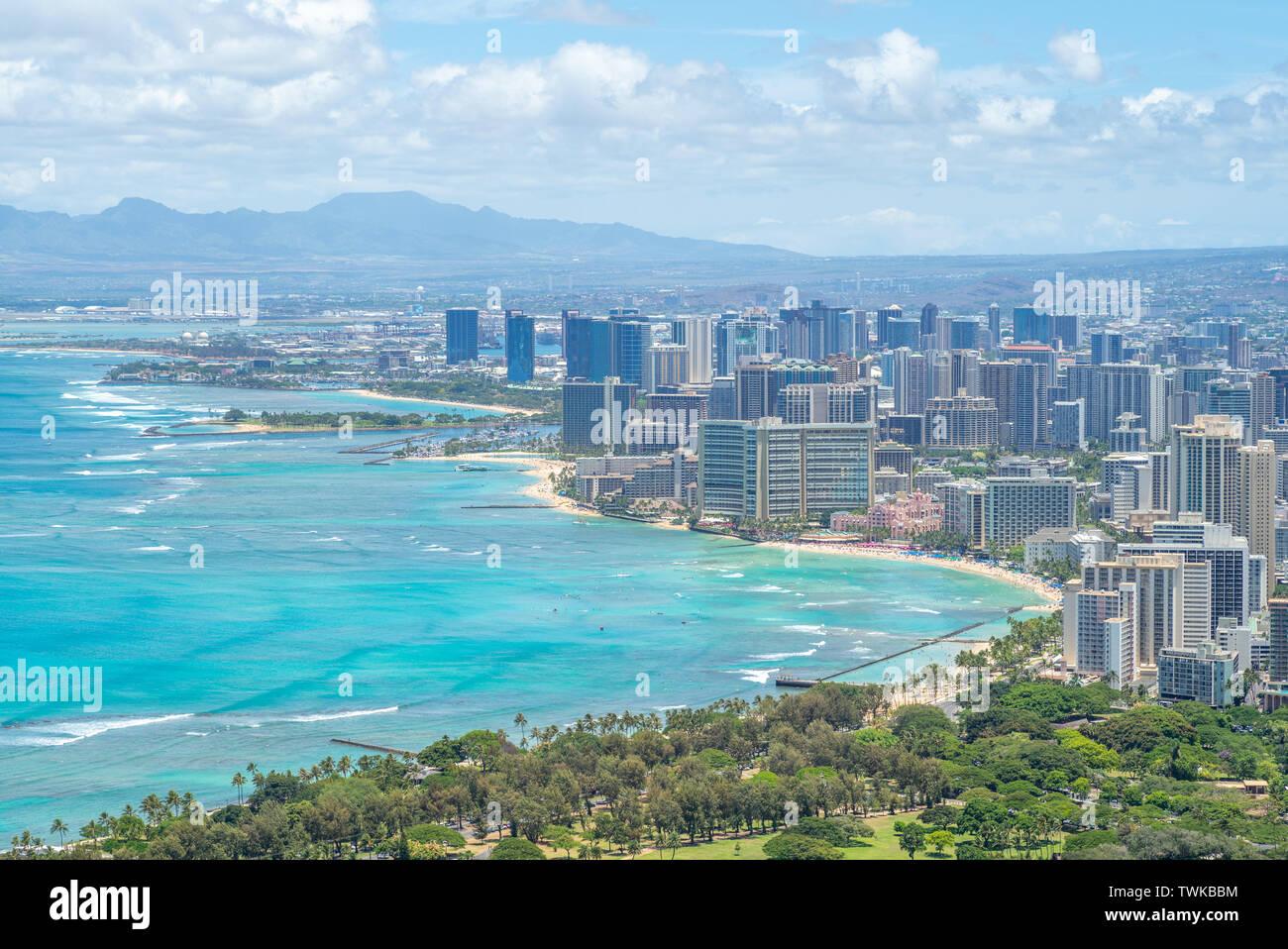 Vista aérea de Honolulu en Oahu, Hawaii, EE.UU. Foto de stock