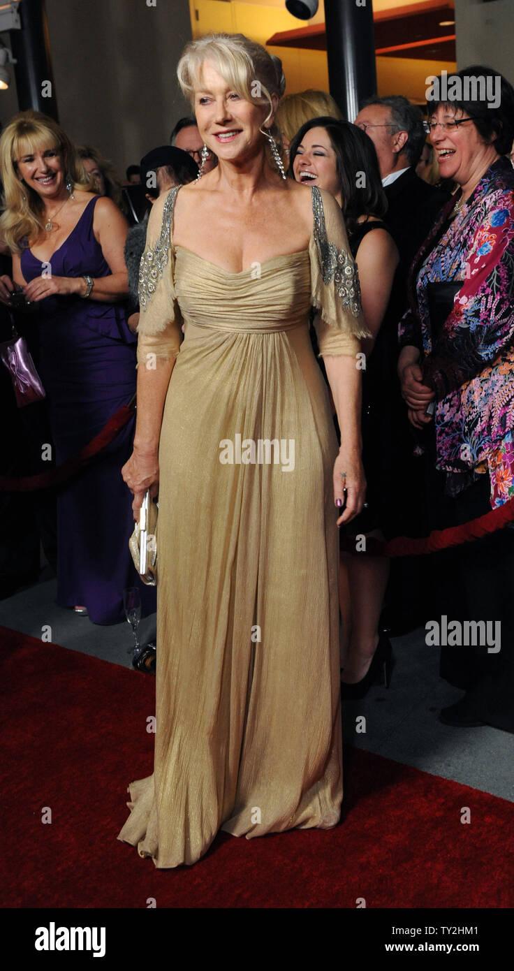 La actriz Helen Mirren asiste a la 64ª anual de Directors Guild of America Awards en Los Angeles el 28 de enero de 2012. UPI/Jim Ruymen Imagen De Stock