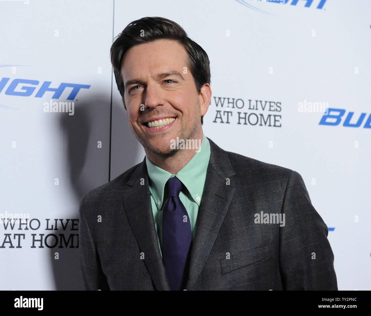"""Ed Helms, un miembro del reparto en la Motion Picture comedia 'Jeff, quien vive en casa"""", asiste al estreno de la película en el Directors Guild of America en Los Ángeles el 7 de marzo de 2012. UPI/jim Ruymen Imagen De Stock"""