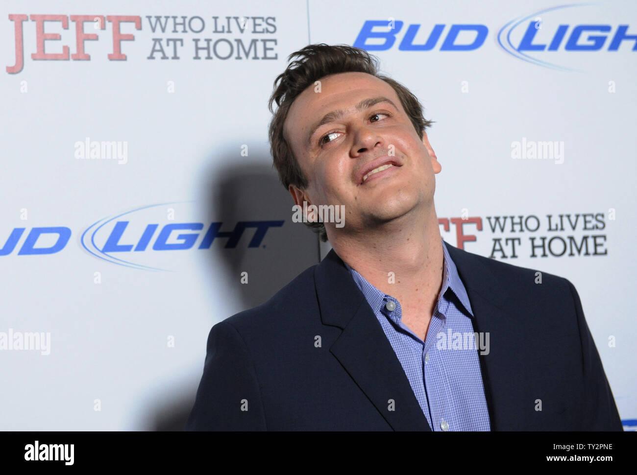 """Jason Segal, un miembro del reparto en la Motion Picture comedia 'Jeff, quien vive en casa"""", asiste al estreno de la película en el Directors Guild of America en Los Ángeles el 7 de marzo de 2012. UPI/jim Ruymen Imagen De Stock"""