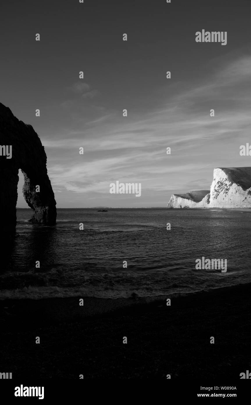 Puerta de Durdle Swyre y cabeza en la Costa Jurásica de Dorset, Inglaterra, Reino Unido. Foto de stock