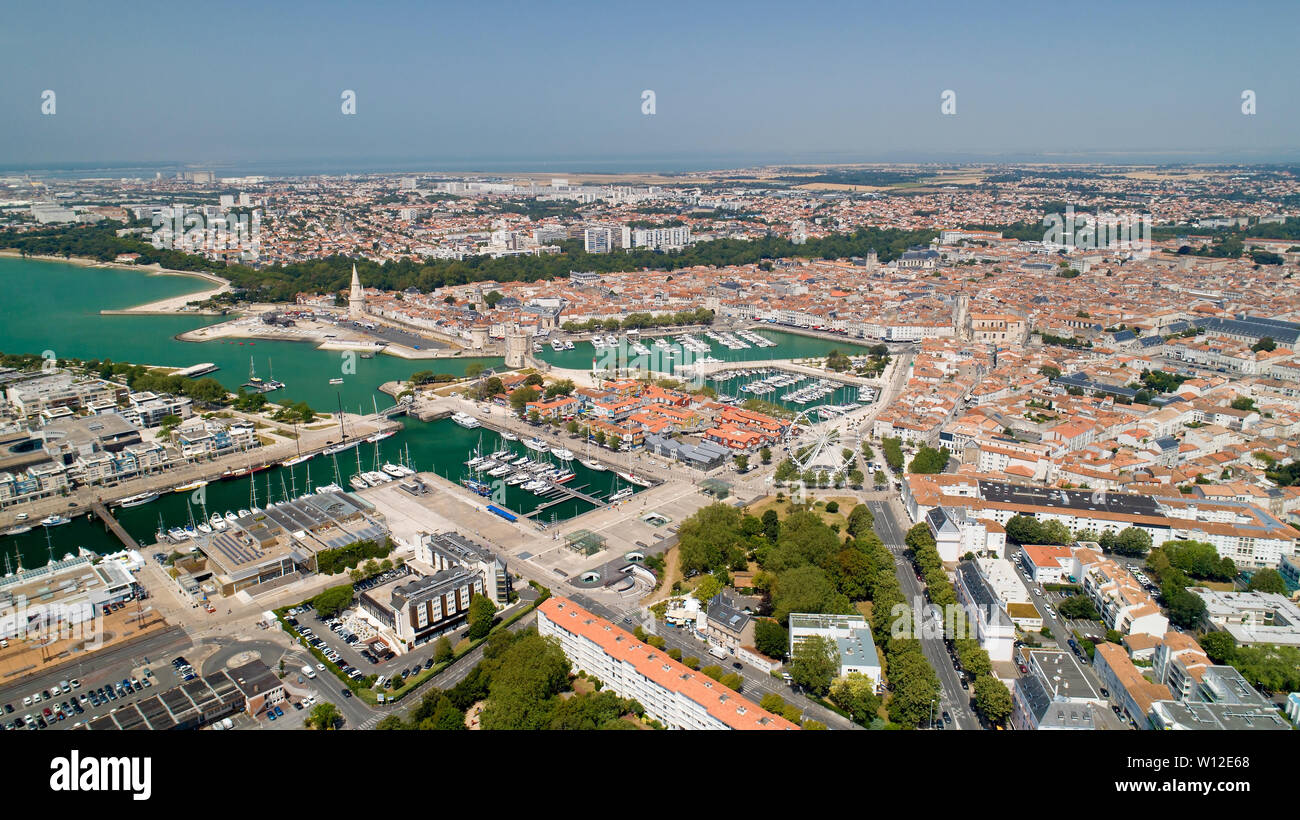 La fotografía aérea de la ciudad de La Rochelle Charente Maritime Foto de stock