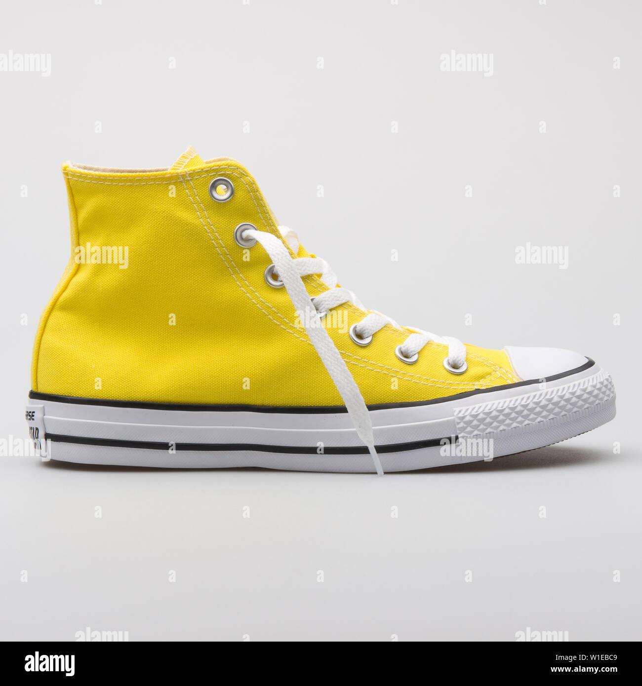 converse amarilla niño