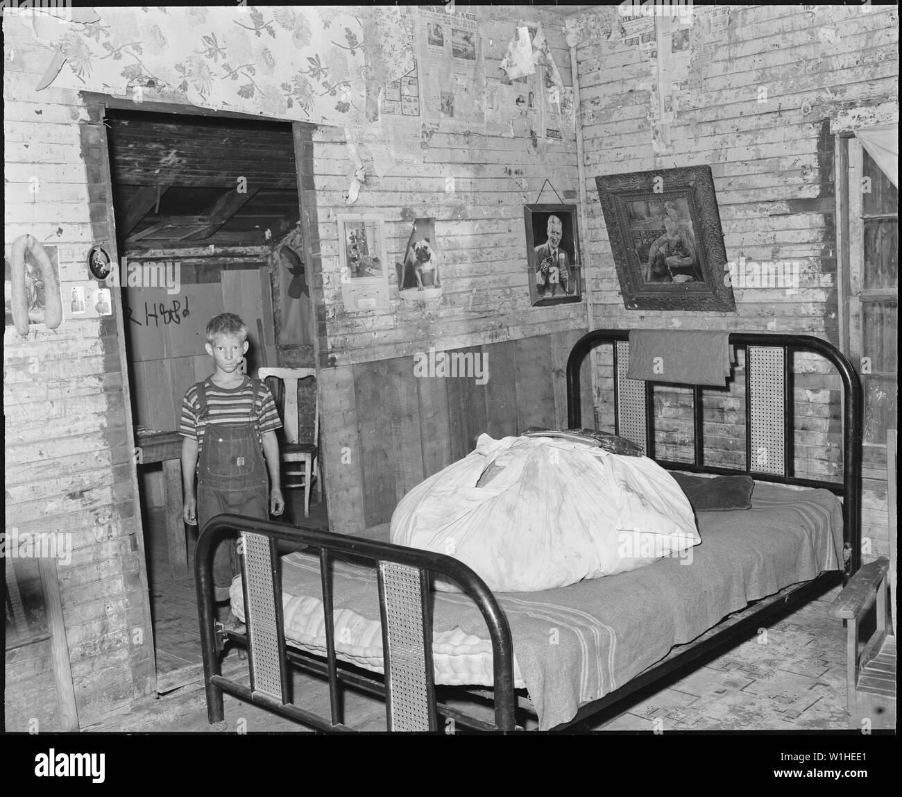 Uno de los cuatro cuartos de Monroe Jones\' house. Kentucky ...