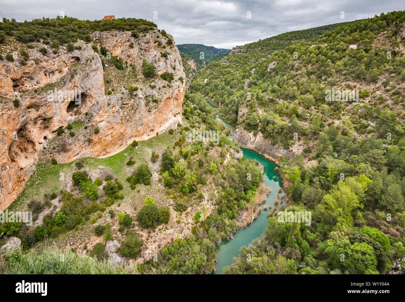 Ventano del Diablo (Devil's Window), mirador de Barranco del Júcar, Serranía de Cuenca, cordillera cerca de Cuenca, Castilla-La Mancha, Spain Foto de stock