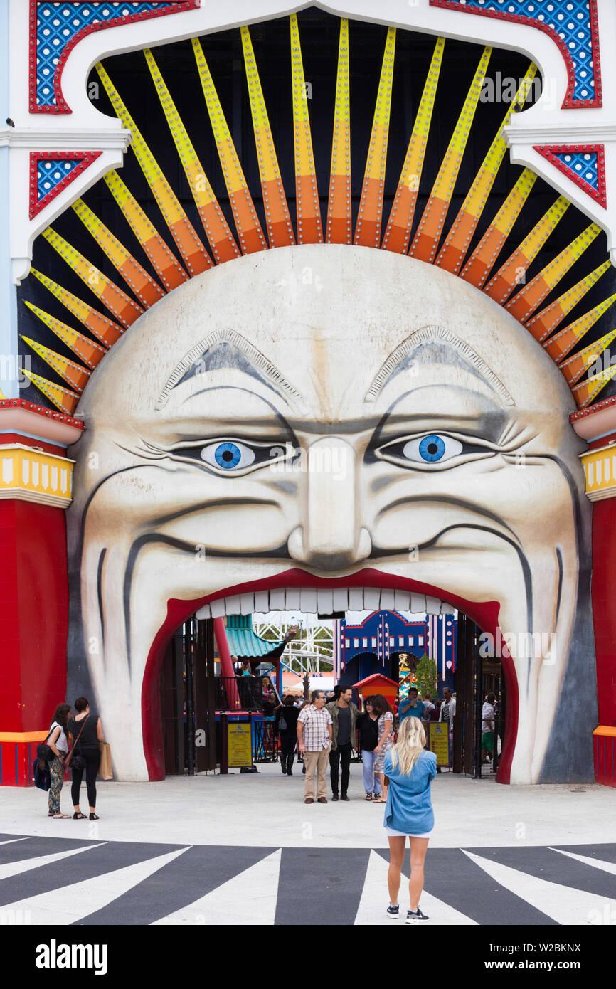 Australia, Victoria, VIC, Melbourne, St Kilda, entrada al Luna Park Melbourne Imagen De Stock