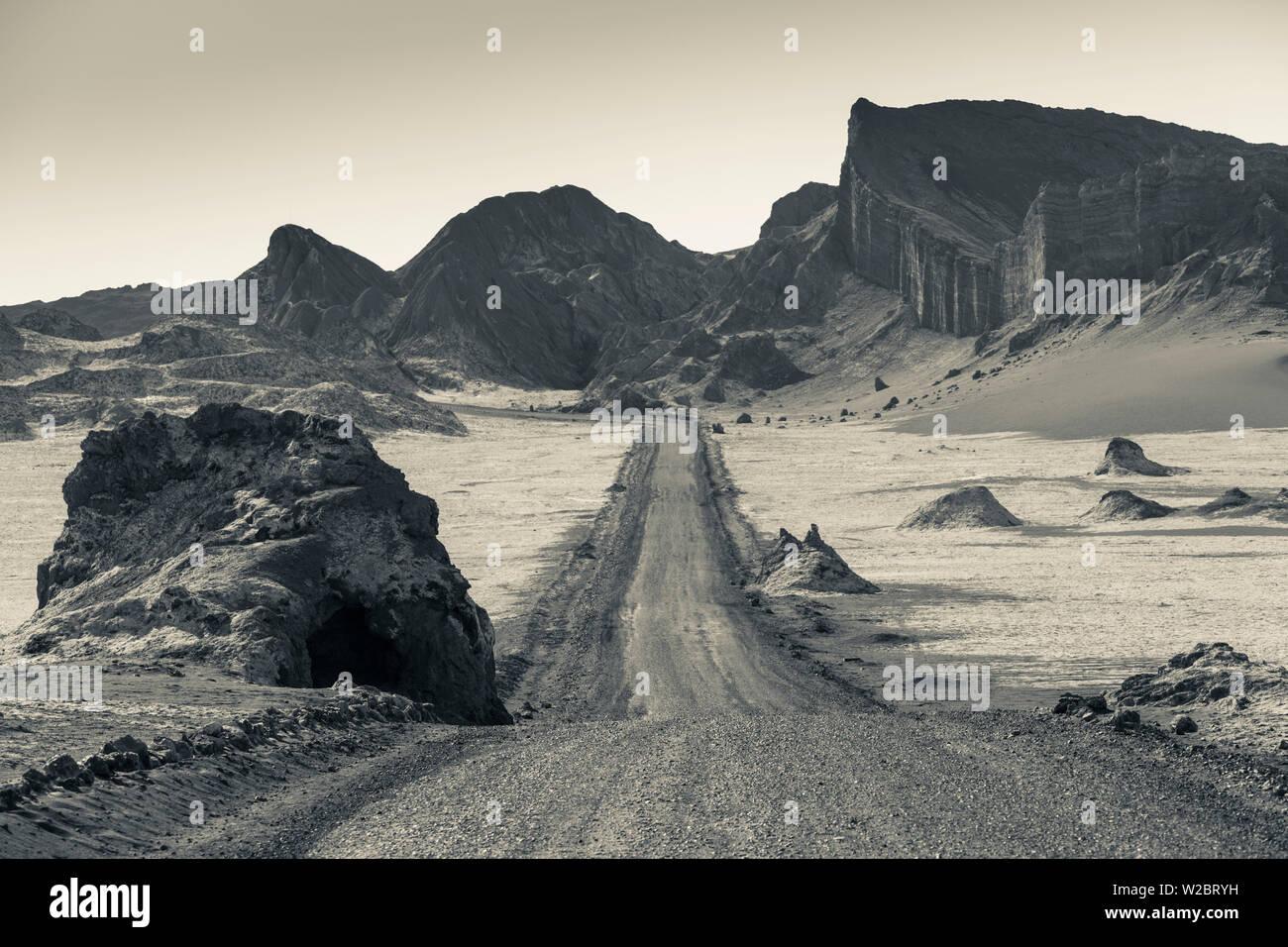 Chile, el desierto de Atacama, San Pedro de Atacama, Valle de la Luna, camino del valle Imagen De Stock