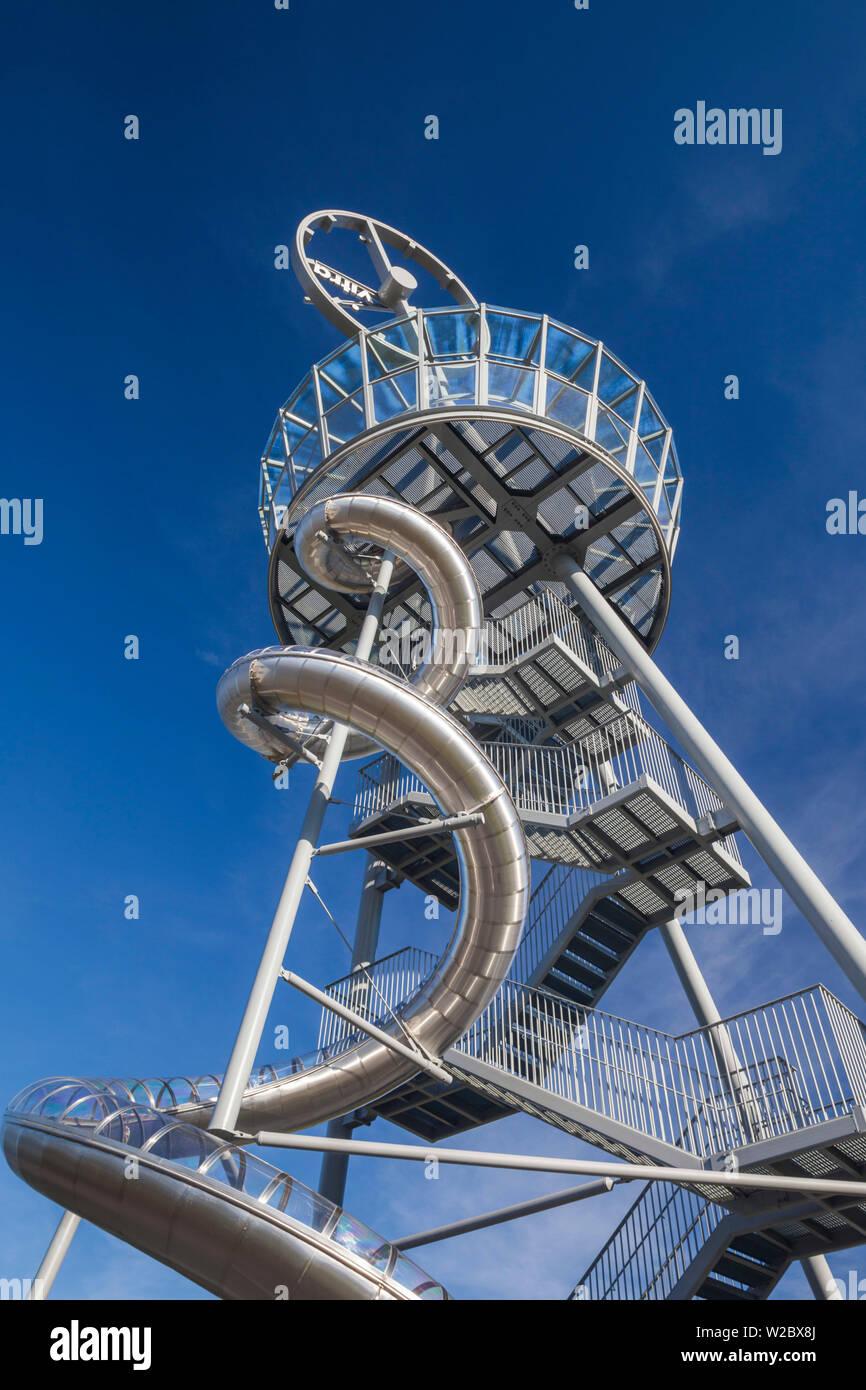Alemania, Baden-Wurttemburg, Weil am Rhein, Vitra Campus de diseño arquitectónico, Vitra Deslice Torre, Carsten Holler, 2014 Imagen De Stock