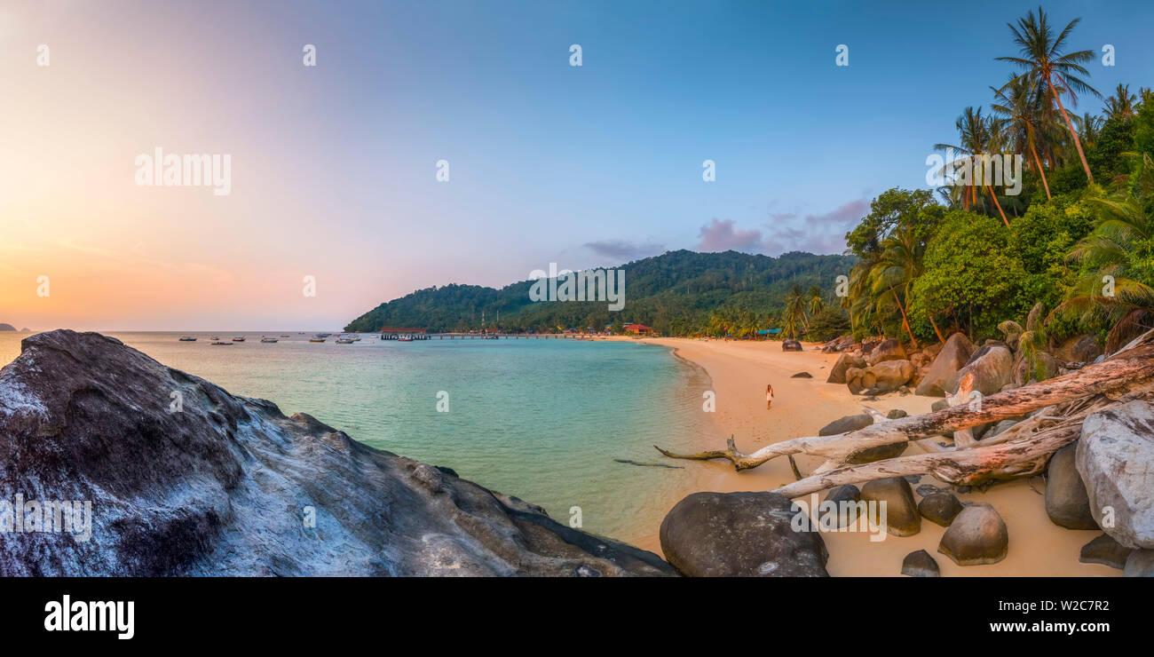 Malasia, Pahang, Pulau Tioman (la isla de Tioman), Bahía de Salang, aldea de Salang (Kampung Salang) Foto de stock