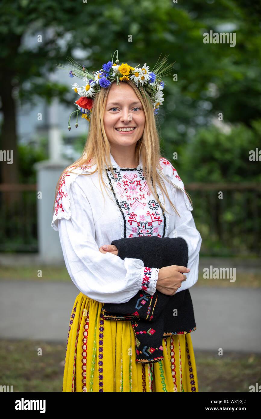 Tallinn Estonia 6 De Julio 2019 Señorita En El