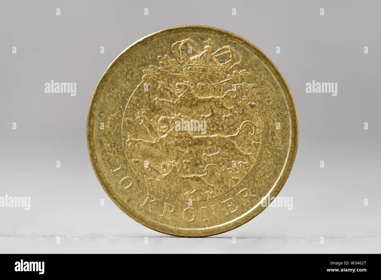 10 Danish Krone coin vista cercana Foto de stock