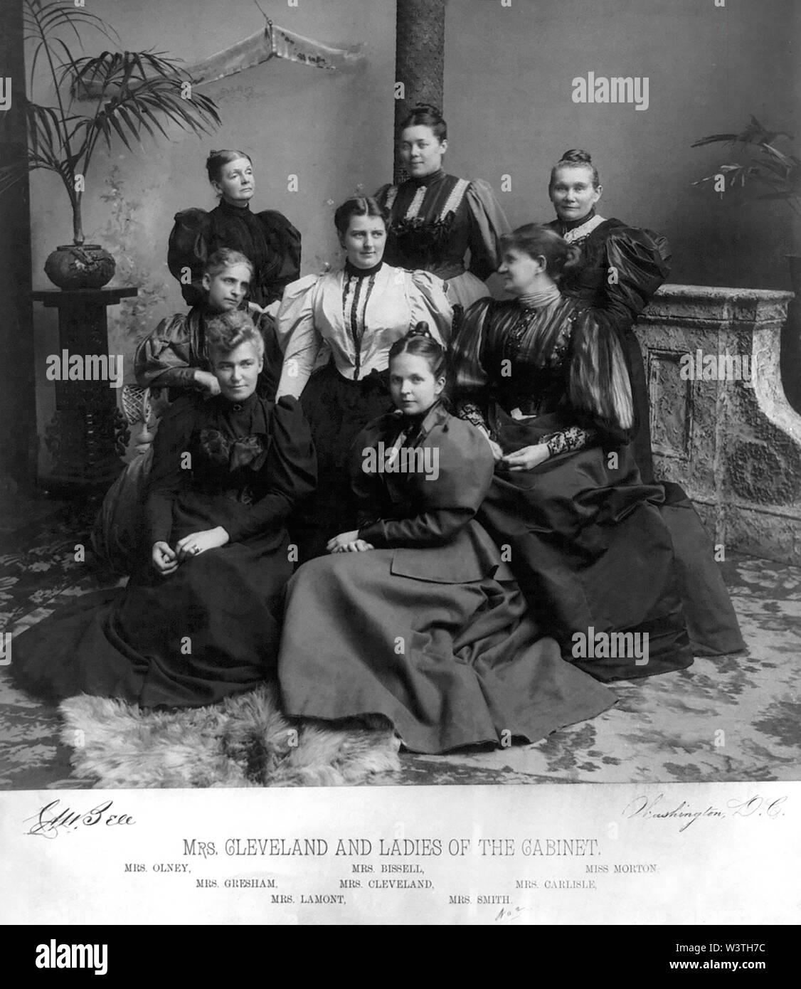 La Sra. Cleveland y Damas del Gabinete, Fotografía por Charles Milton Bell, en Washington DC, Estados Unidos, 1894 Imagen De Stock