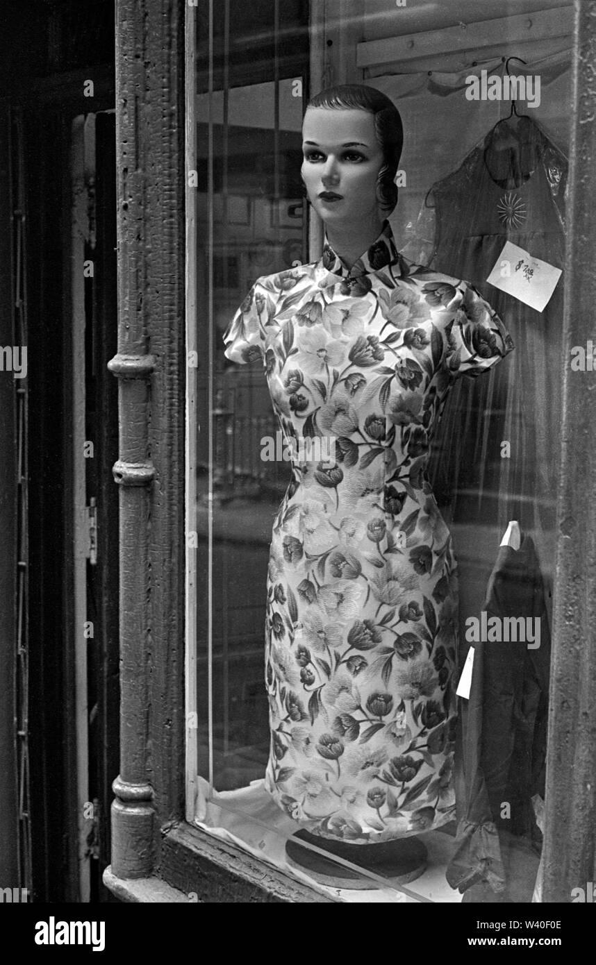 Escaparate Maniqui de Manhattan, en Nueva York, en 1969, EE.UU. 60s US HOMER SYKES Foto de stock