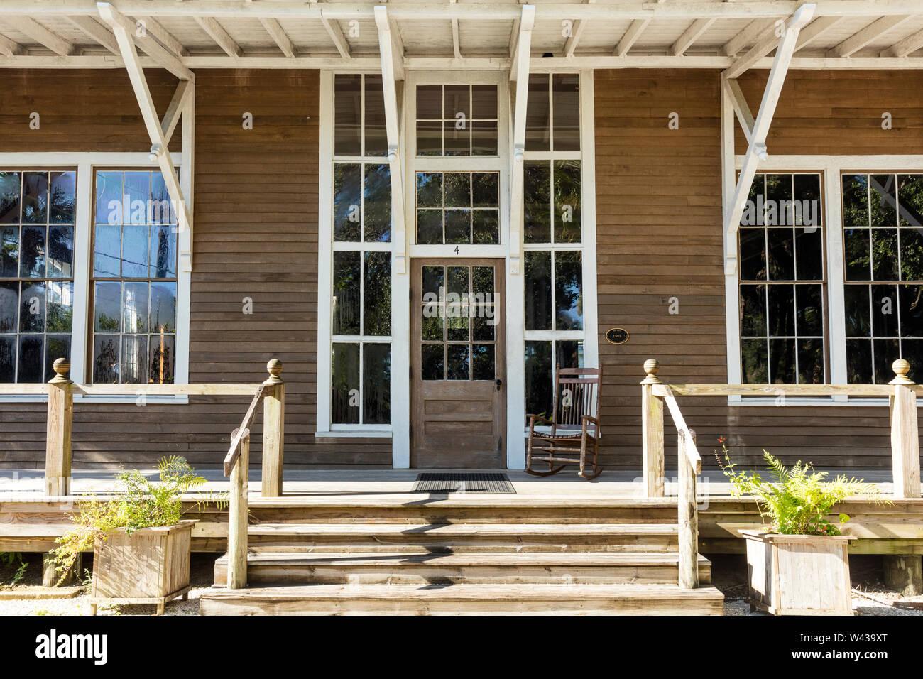 Construcción de Sala de Arte sobre la base del asentamiento histórico Koreshan - una comuna utópica del siglo XIX, Estero, Florida, EE.UU. Foto de stock