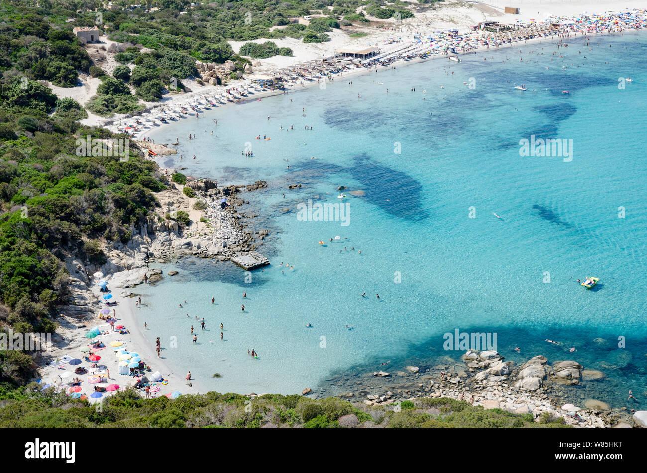 Villasimius Cerdeña y el paisaje de playa Porto Giunco Foto de stock
