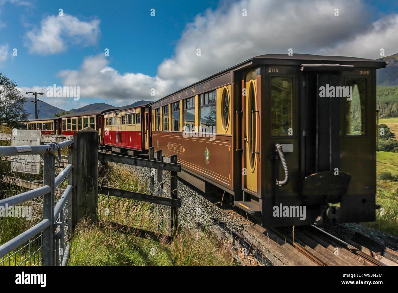 WHR welsh highlands railway parque nacional de Snowdonia Gwynedd North Wales Foto de stock