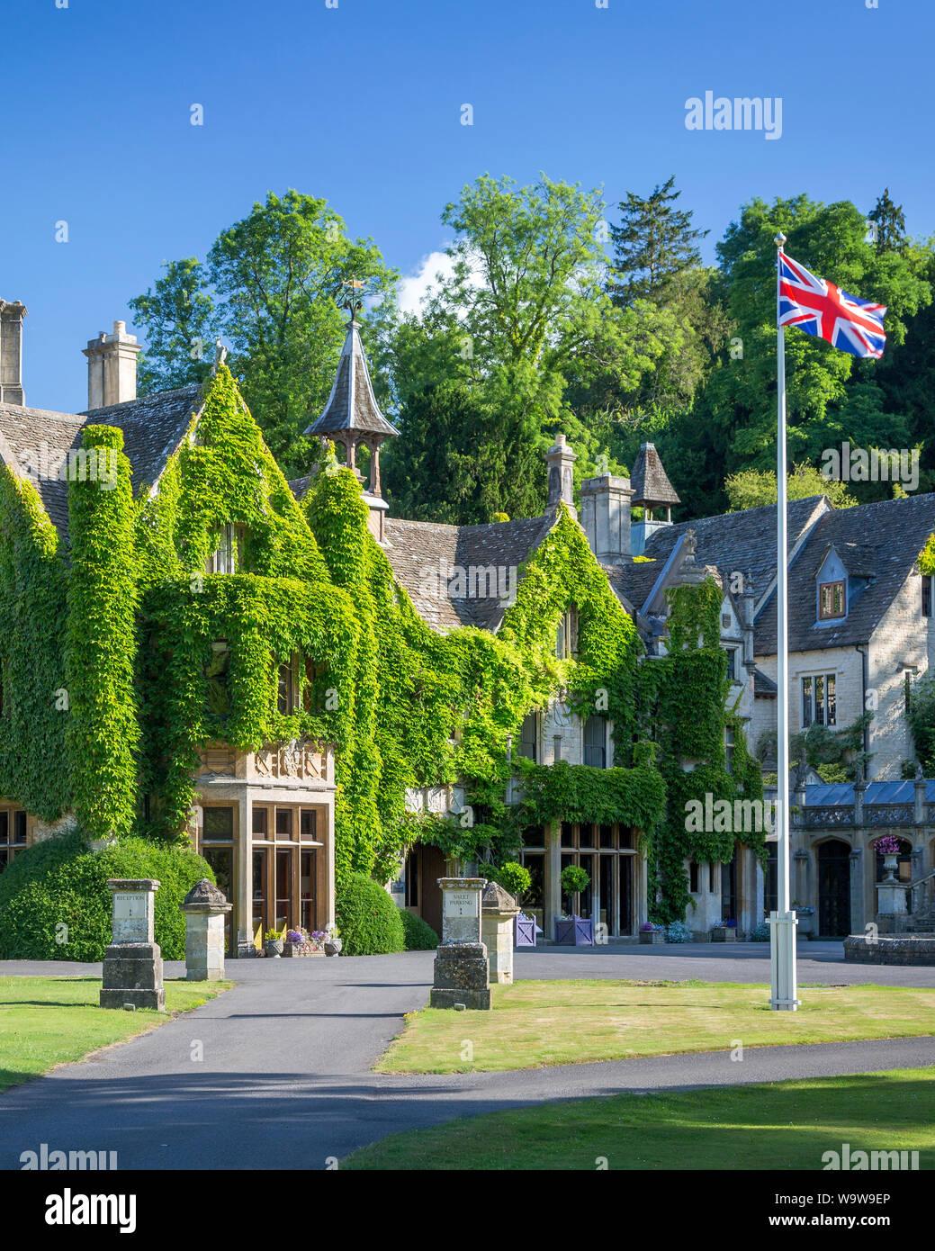 Manor House Hotel, Castle Combe, los Cotswolds, Wiltshire, Inglaterra Foto de stock