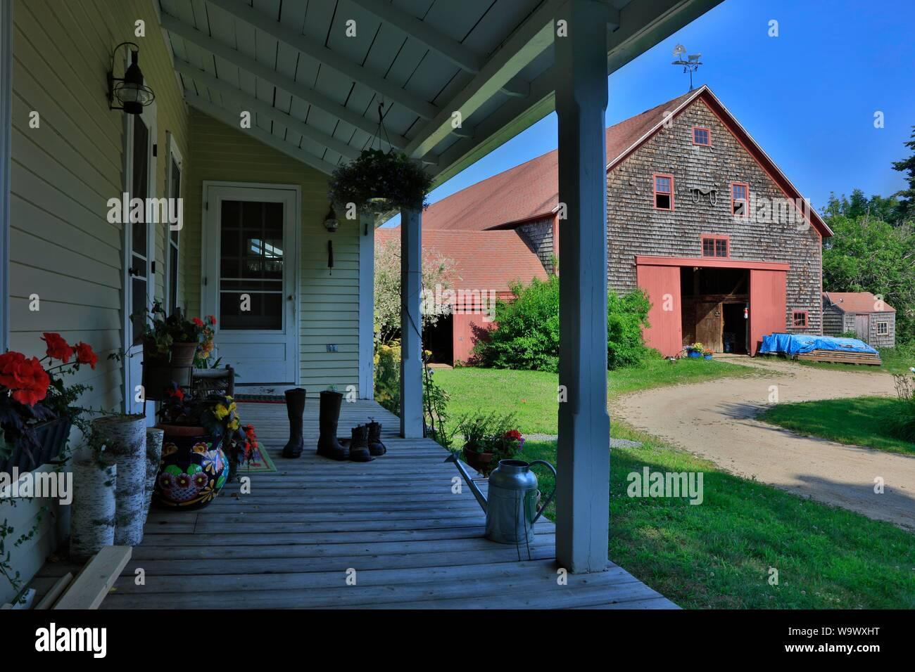 Casa en el granero de una granja de Nueva Inglaterra - Blue Hill, Maine Foto de stock