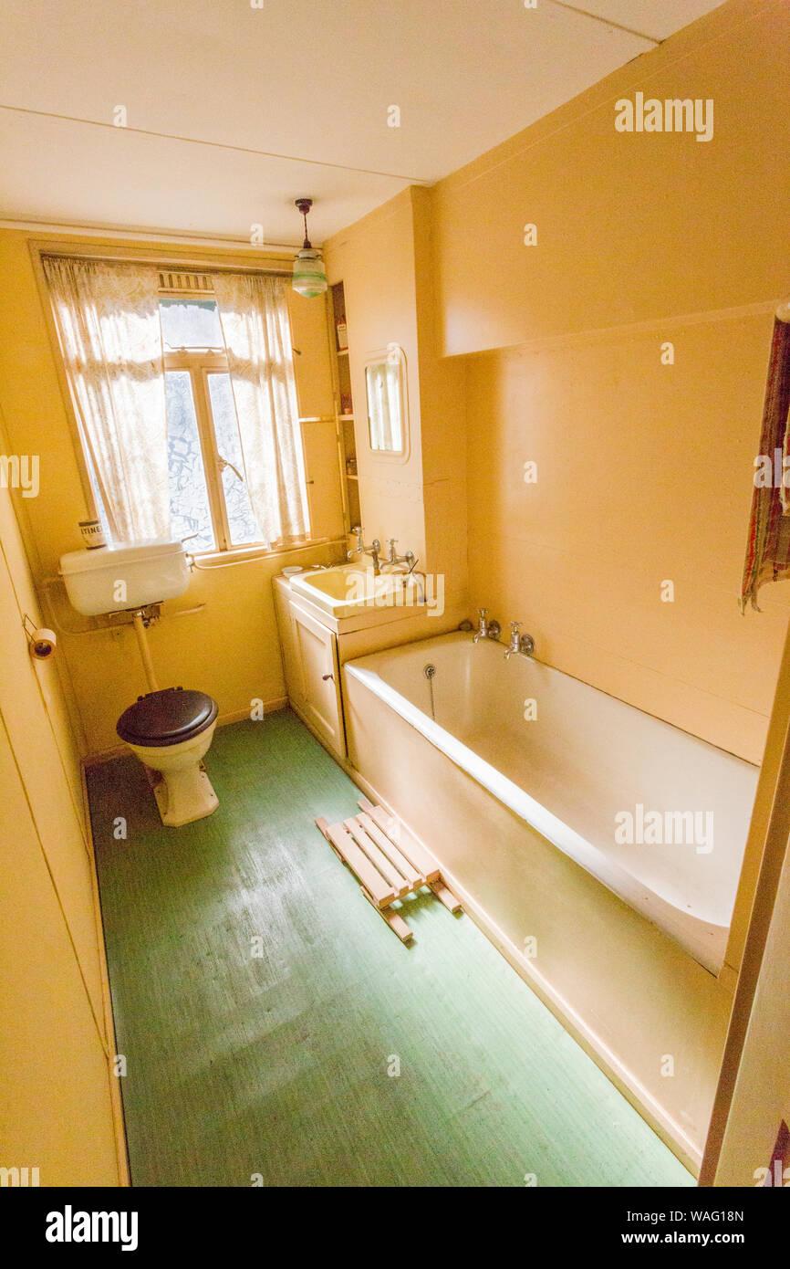 El cuarto de baño del1950 B2 de aluminio en \'prefabricados ...