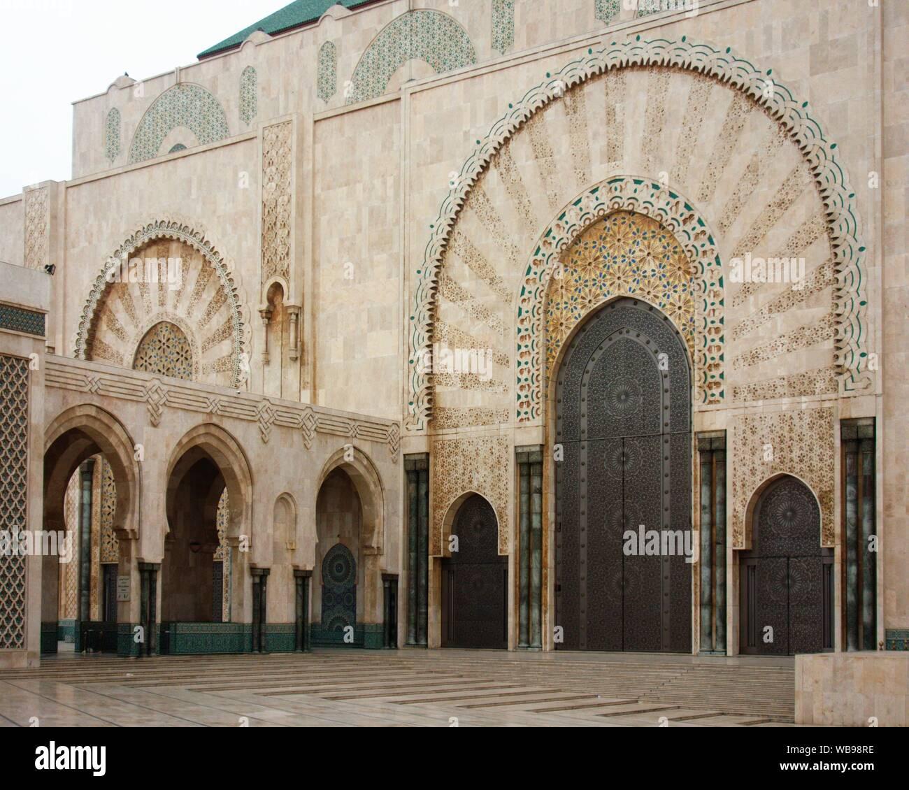 El más famoso e impresionante edificio en Casablanca - Mezquita Hassan II. Foto de stock