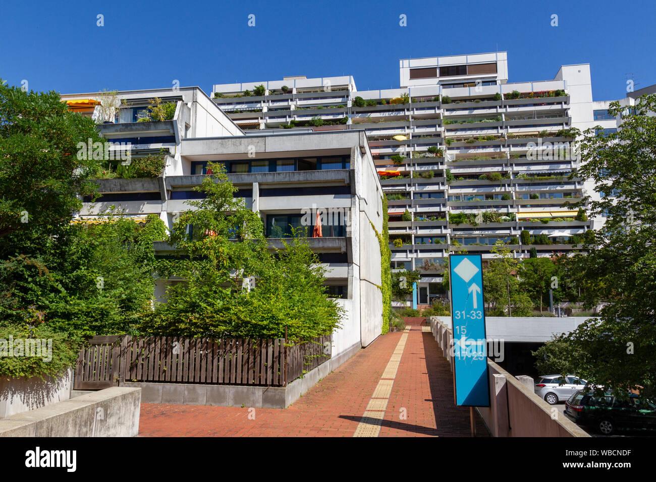 Vista posterior de Connollystraße 31, lugar de la masacre de Munich durante los Juegos Olímpicos de Verano 1972 en Munich, Alemania. Foto de stock