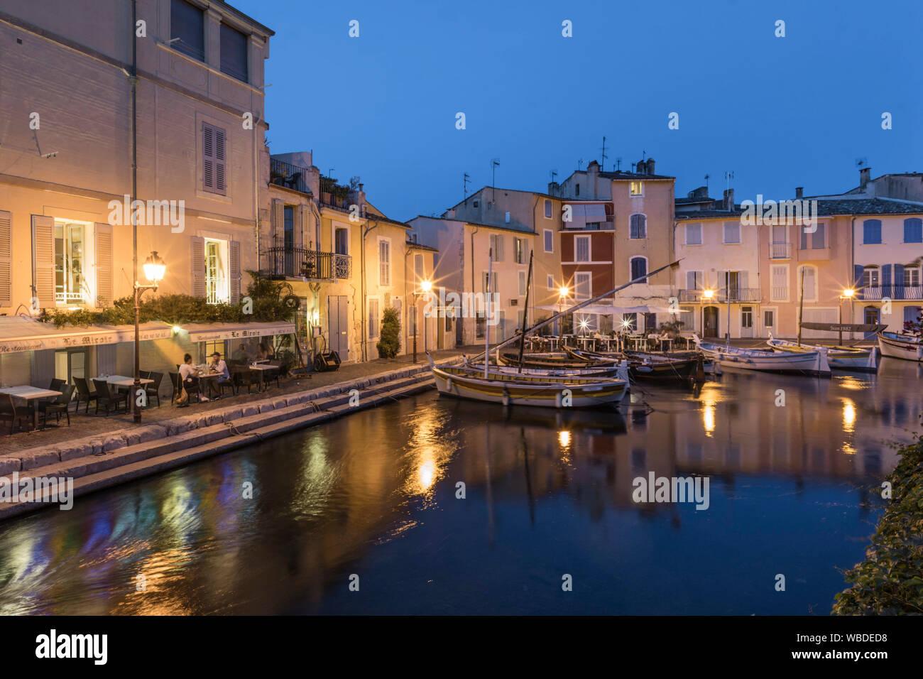 Canal de Caronte en Martigues, Little Venice, departamento de Bouches-du-Rhône, Francia Foto de stock