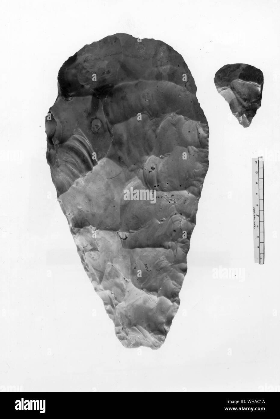 Paleolítico Inferior Lado Flint Ax Desde Una Terraza De