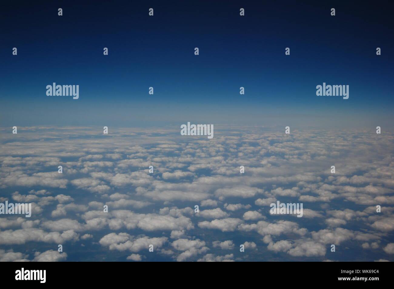 Vista Infinita desde un avión Foto de stock