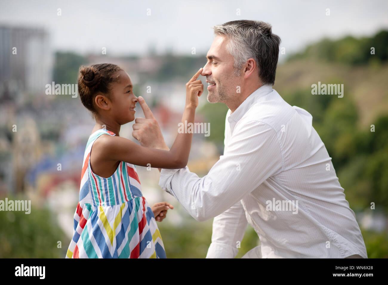 Padre Adoptivo Imágenes De Stock Padre Adoptivo Fotos De