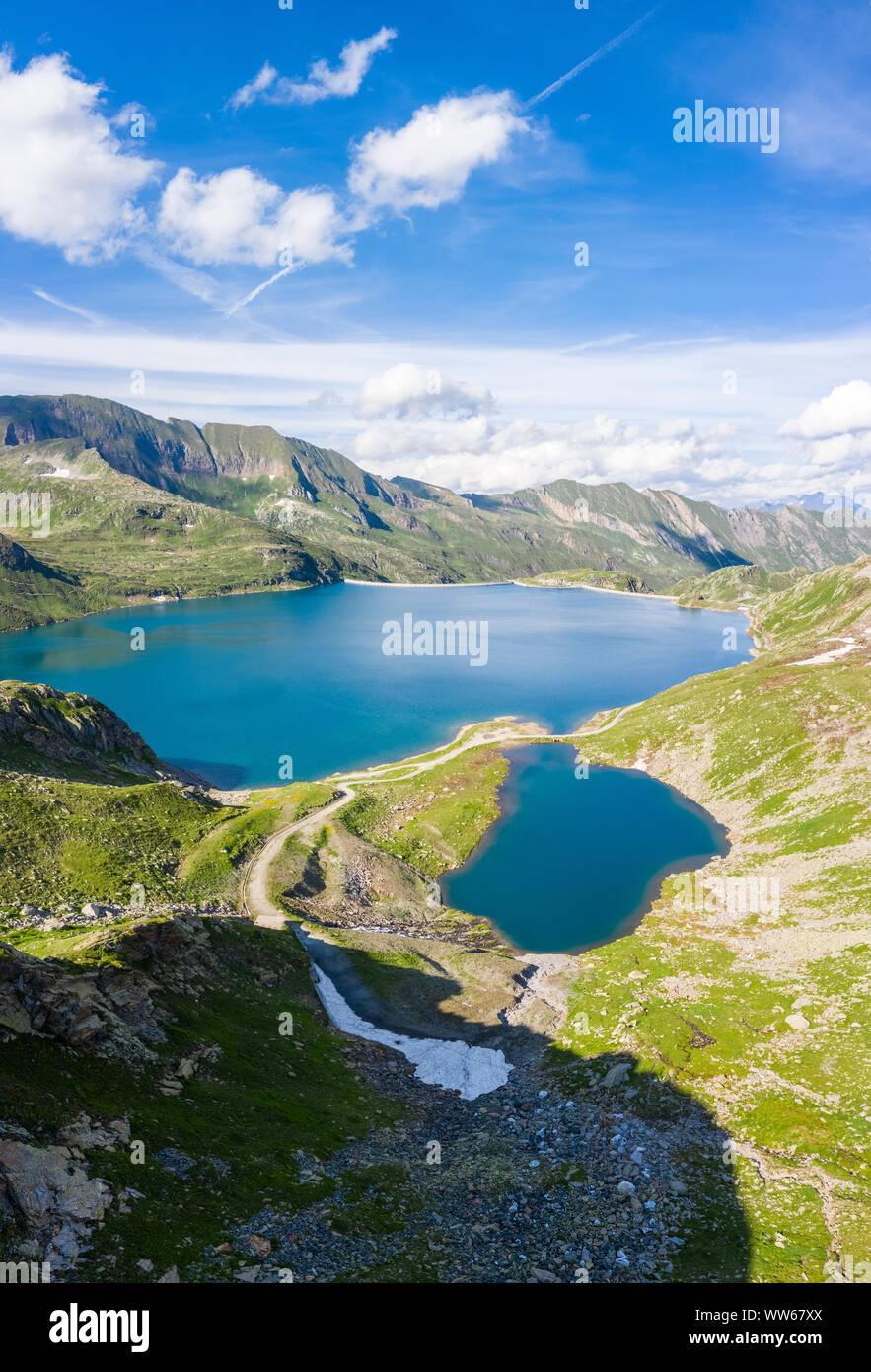 Vista aérea del lago de Naret Lavizzara Valley, el valle de Maggia, Alpes Lepontine, Canton Ticino, Suiza. Foto de stock