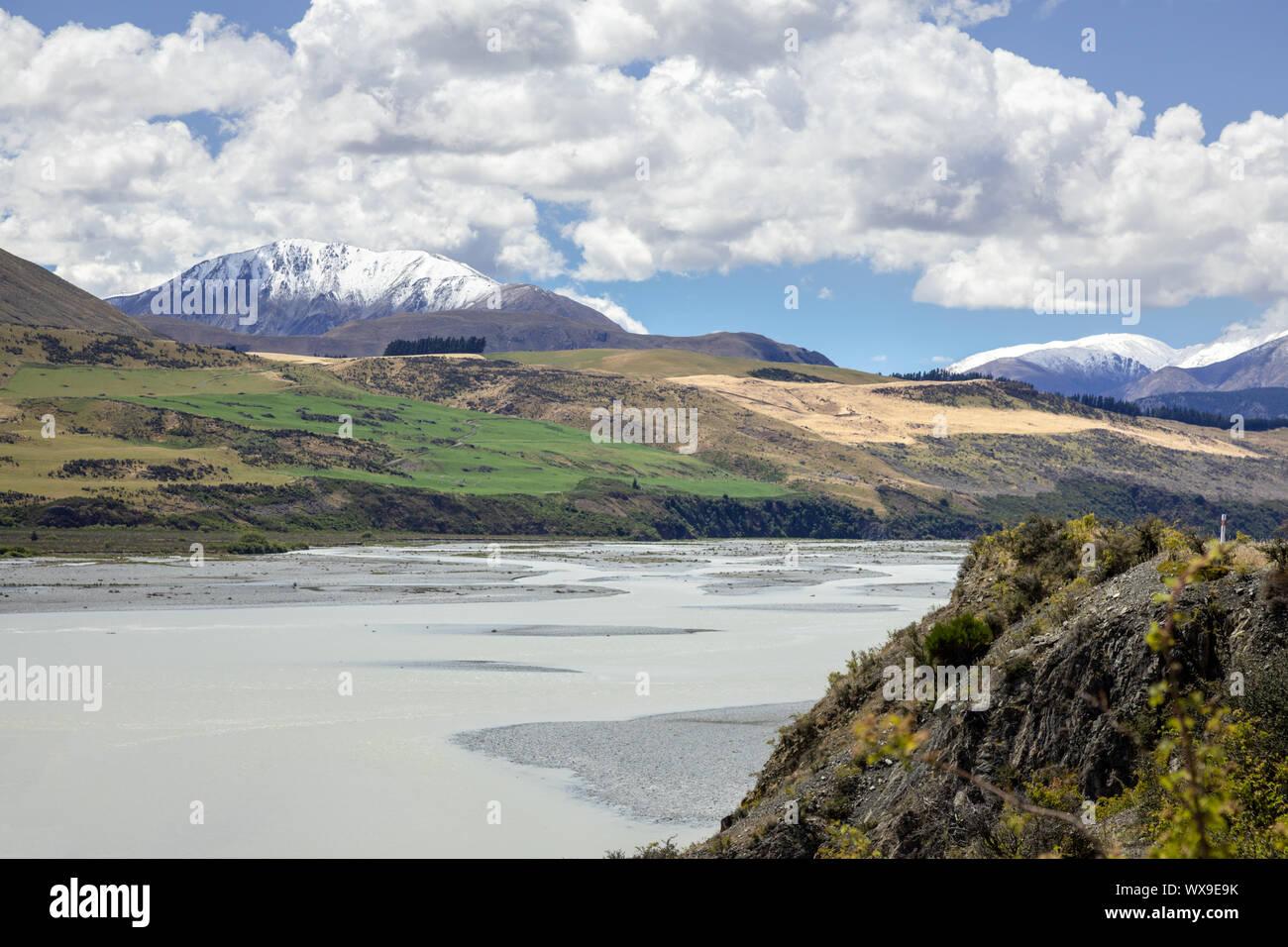 Paisaje de montaña de los Alpes en el sur de Nueva Zelanda Foto de stock