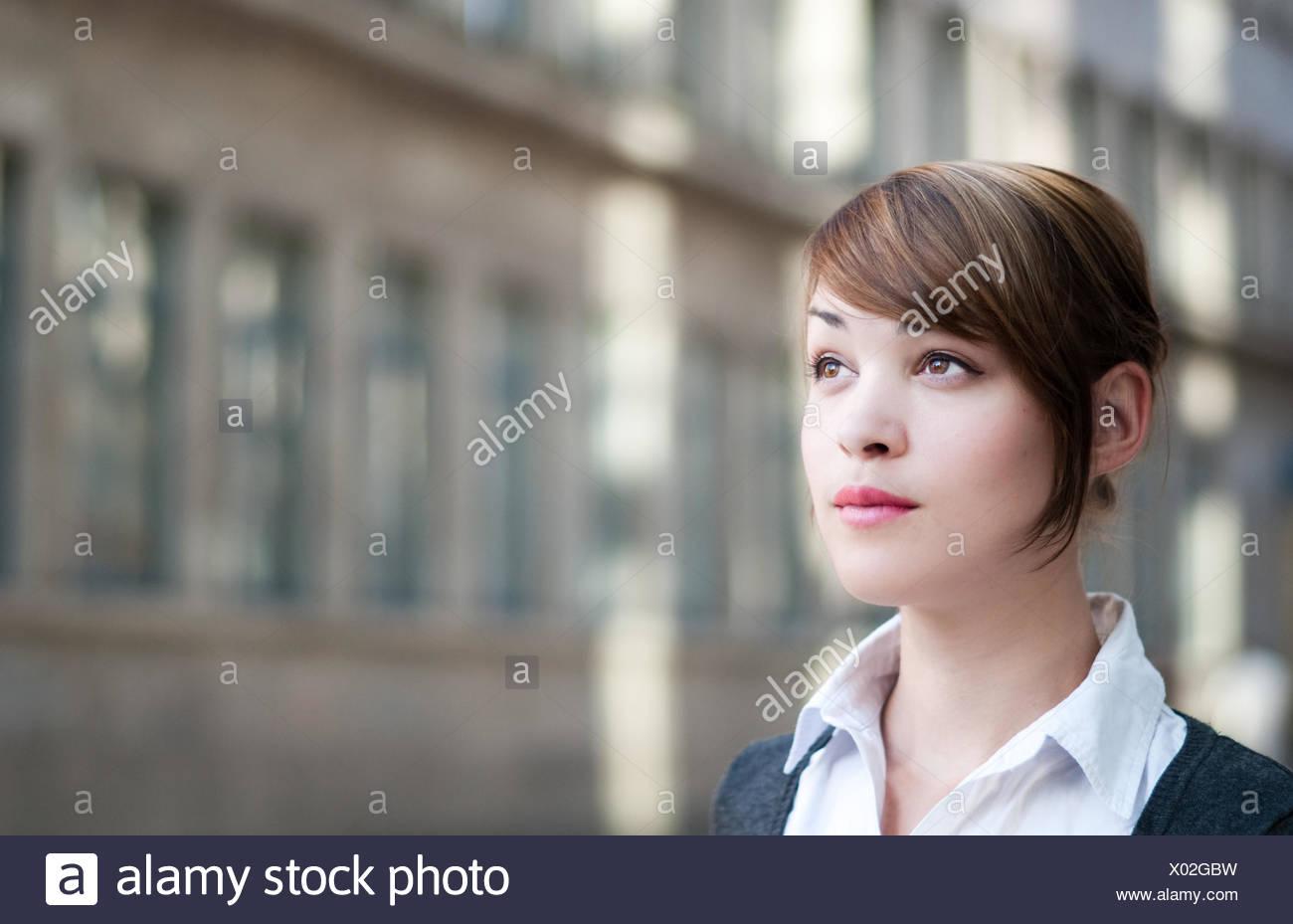La empresaria mira hacia el futuro Imagen De Stock