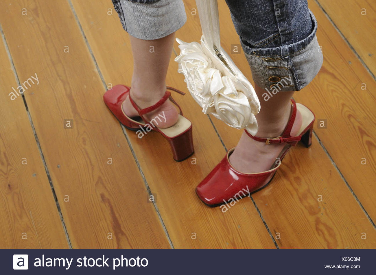 57d625e2 Las niñas, zapatos demasiado ampliamente, detalle, persona, niño, jugar,  panel