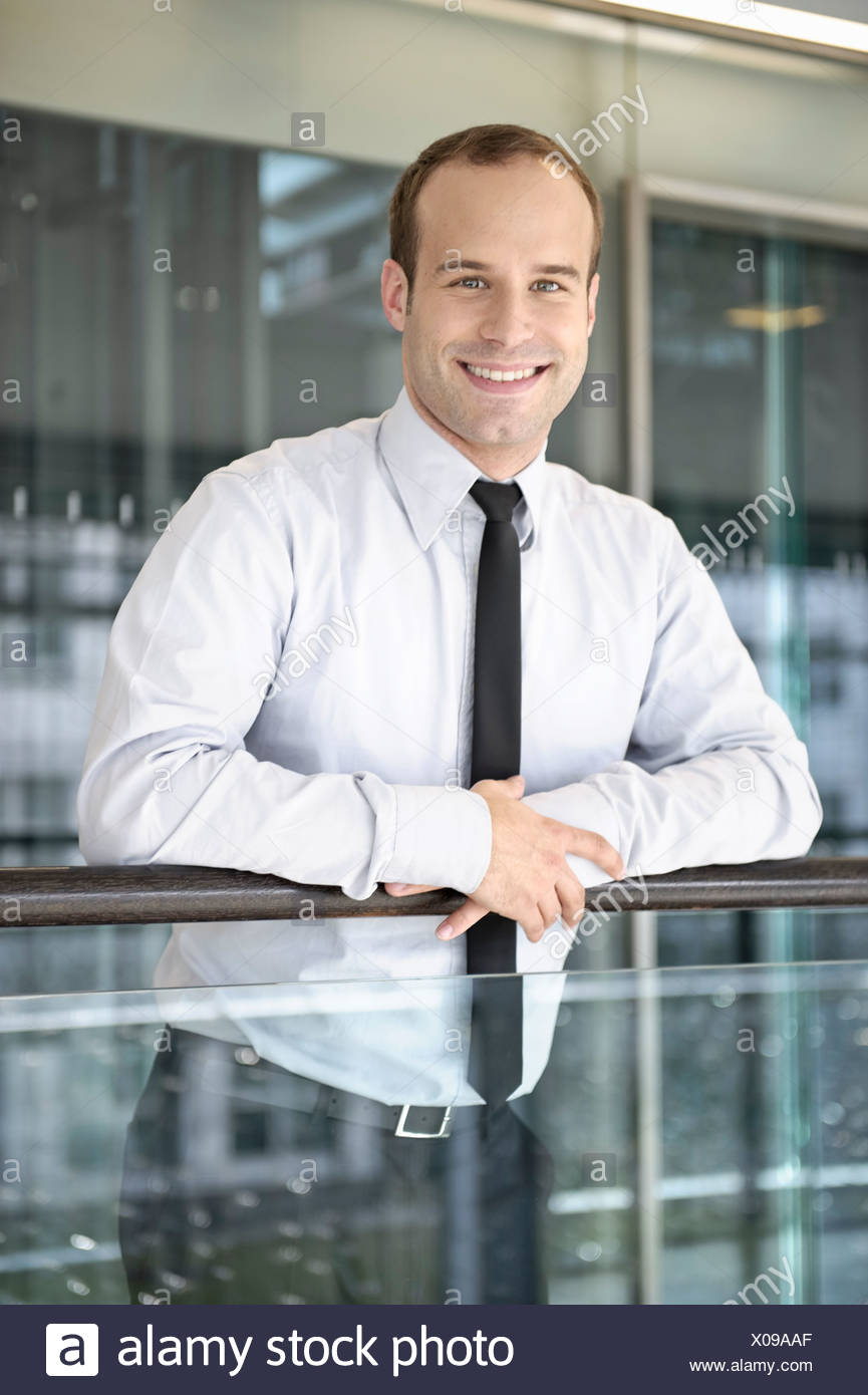 Retrato de amable negocios exitosos Imagen De Stock