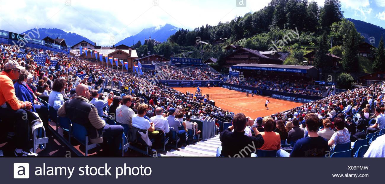 Berna, cantón de Berna Gstaad racing espectadores deportes Suiza Europa torneo de tenis de primera clase Foto de stock