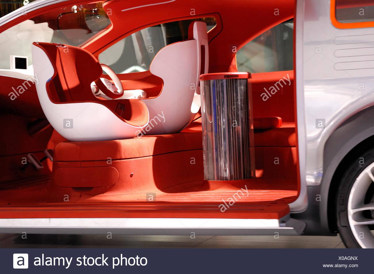 Ford Airstream crossover concept futurista powered by HySeries Drive plug-in híbrido de células de combustible de hidrógeno Imagen De Stock