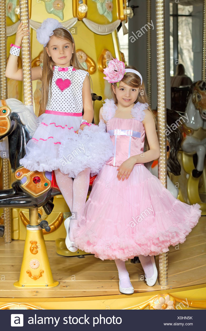 Lady Dresses Imágenes De Stock & Lady Dresses Fotos De Stock ...
