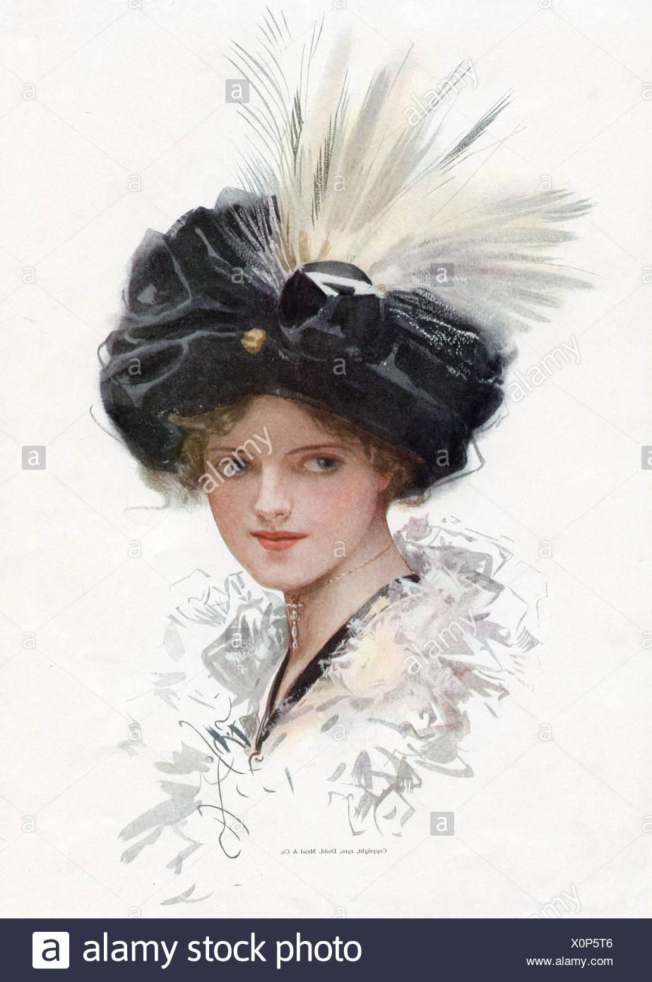 Retrato de una dama decorativa con sombrero de plumas en blanco y negro  Imagen De Stock c7447d4422cb