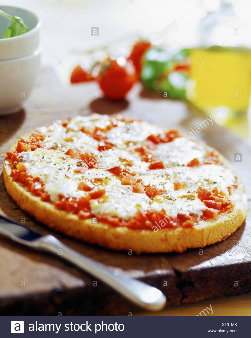 Queso-tomate pizza Imagen De Stock