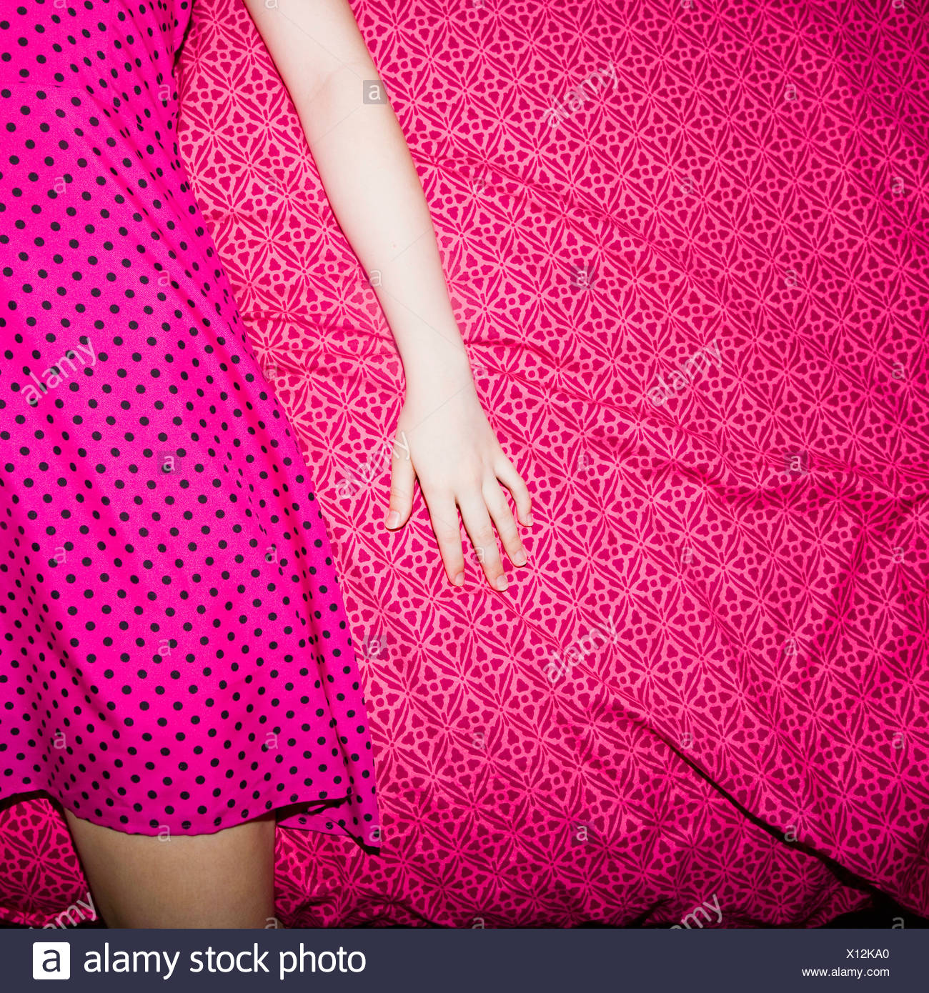 Coloured Dress Imágenes De Stock & Coloured Dress Fotos De Stock - Alamy