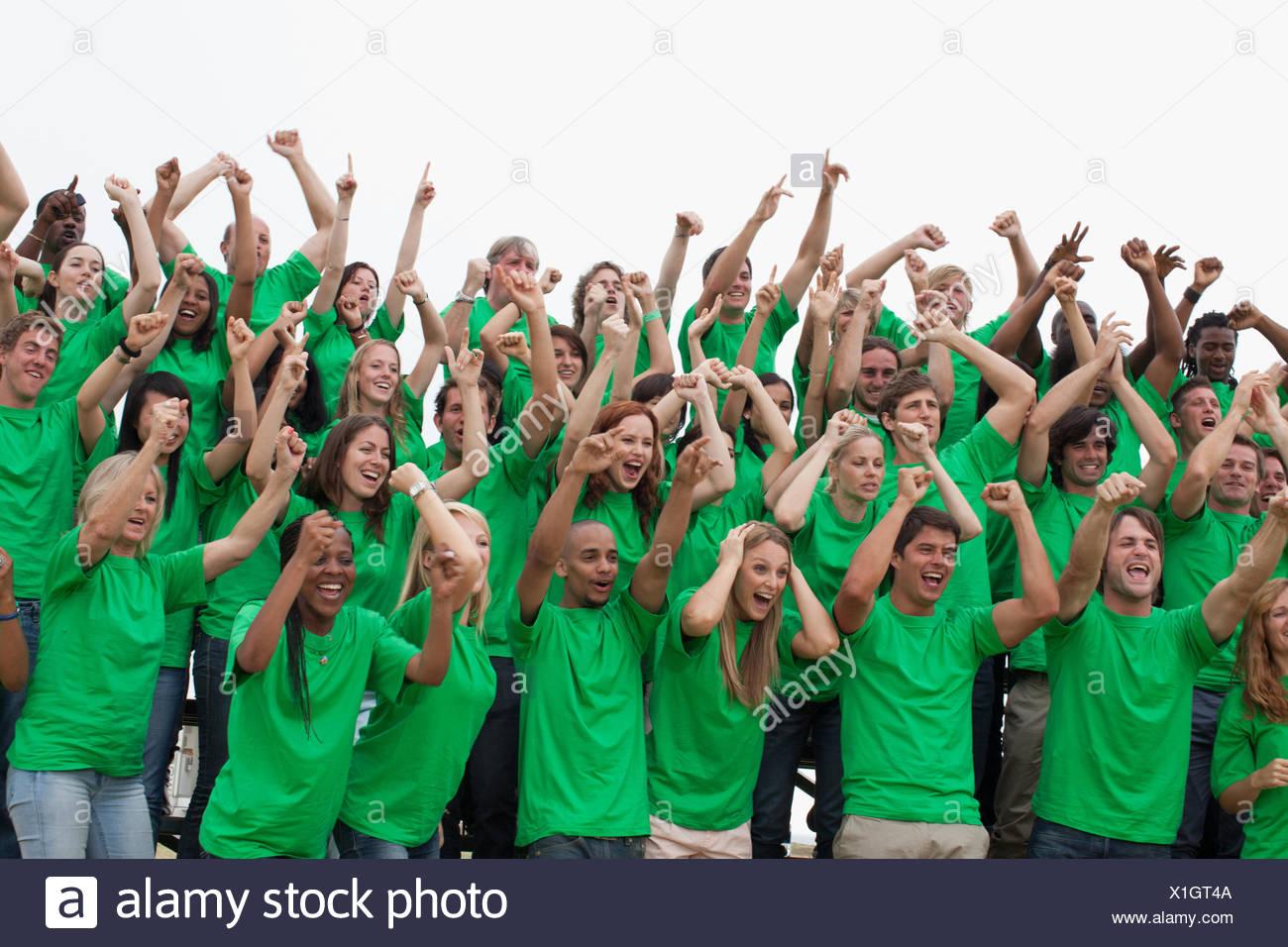 Grupo de espectadores animando Imagen De Stock