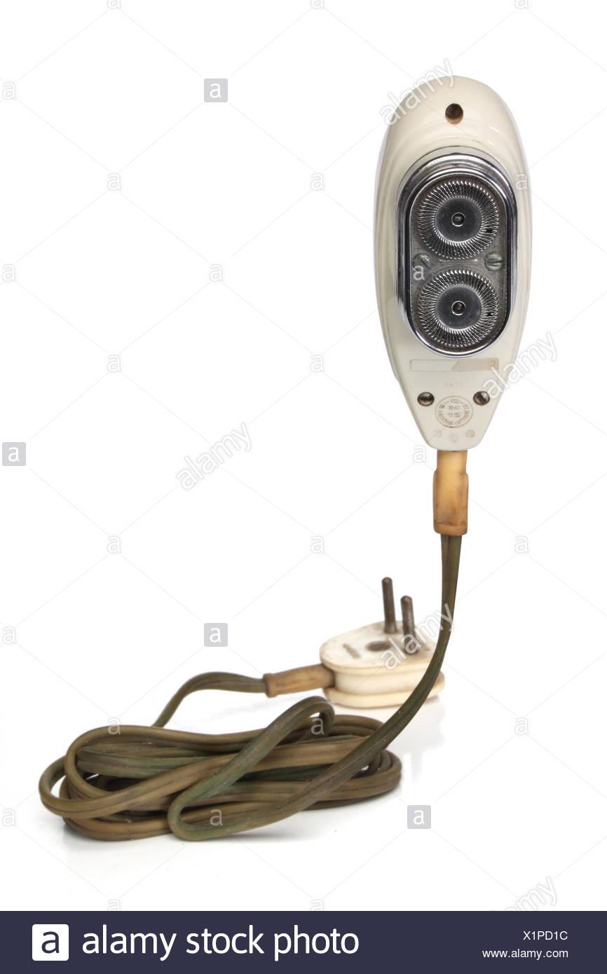 Afeitadora afeitadora eléctrica antiguos retro hombre hombres antiguos  aislados de cable eléctrico Imagen De Stock 546c51fa53bf