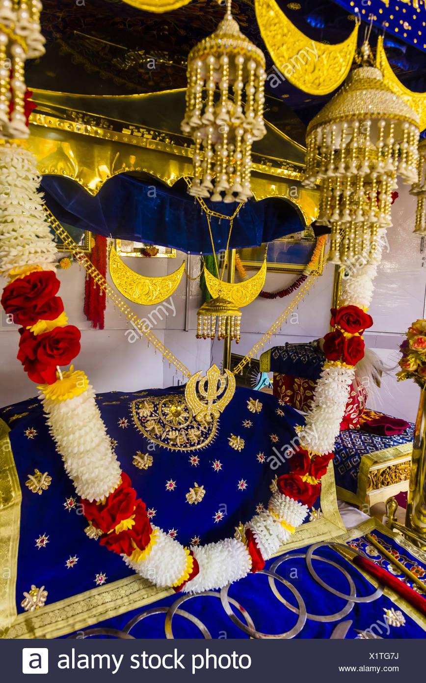 1517 Asia construir imagen en color conmemorar dev fe fundador ganab guru gurudwara Himalaya India Jammu y Cachemira Leh Ladakh Imagen De Stock