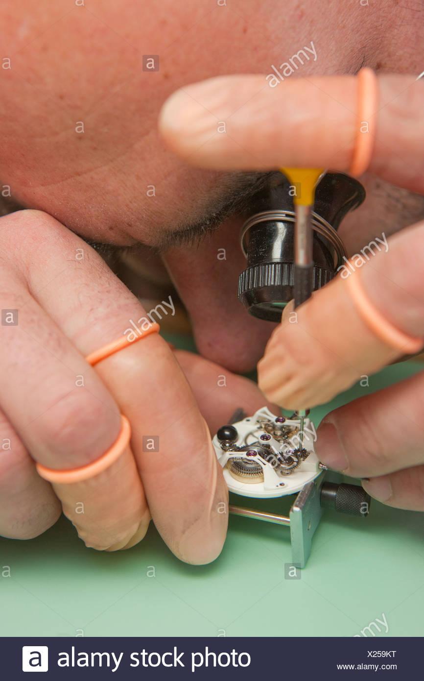 Fabricación, Jura, trabajo, trabajo, trabajo, profesión, oficios, profesiones, cantón, JU, Jura, relojero de relojes, relojes, SW Imagen De Stock
