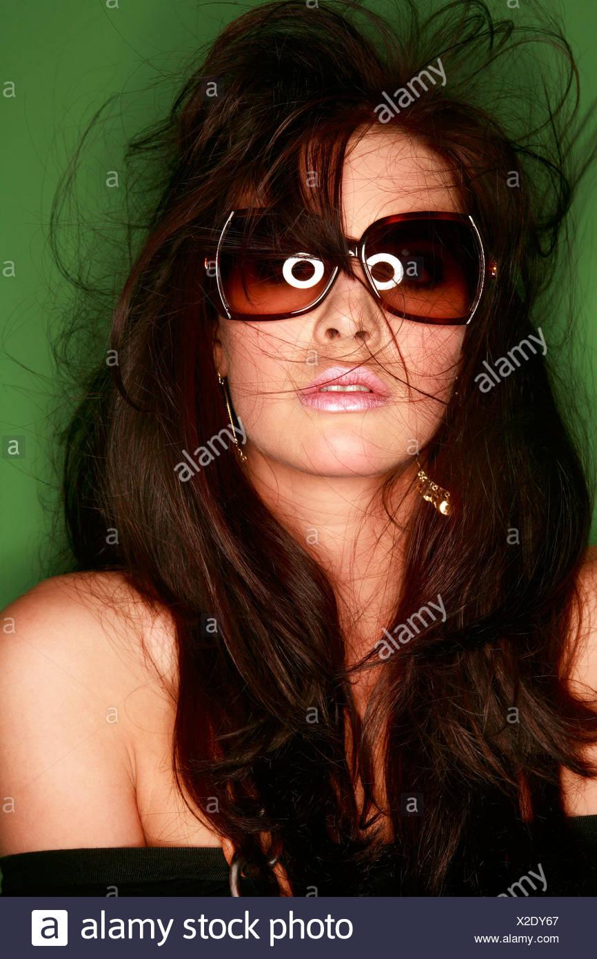 Una mujer morena, Retrato Imagen De Stock