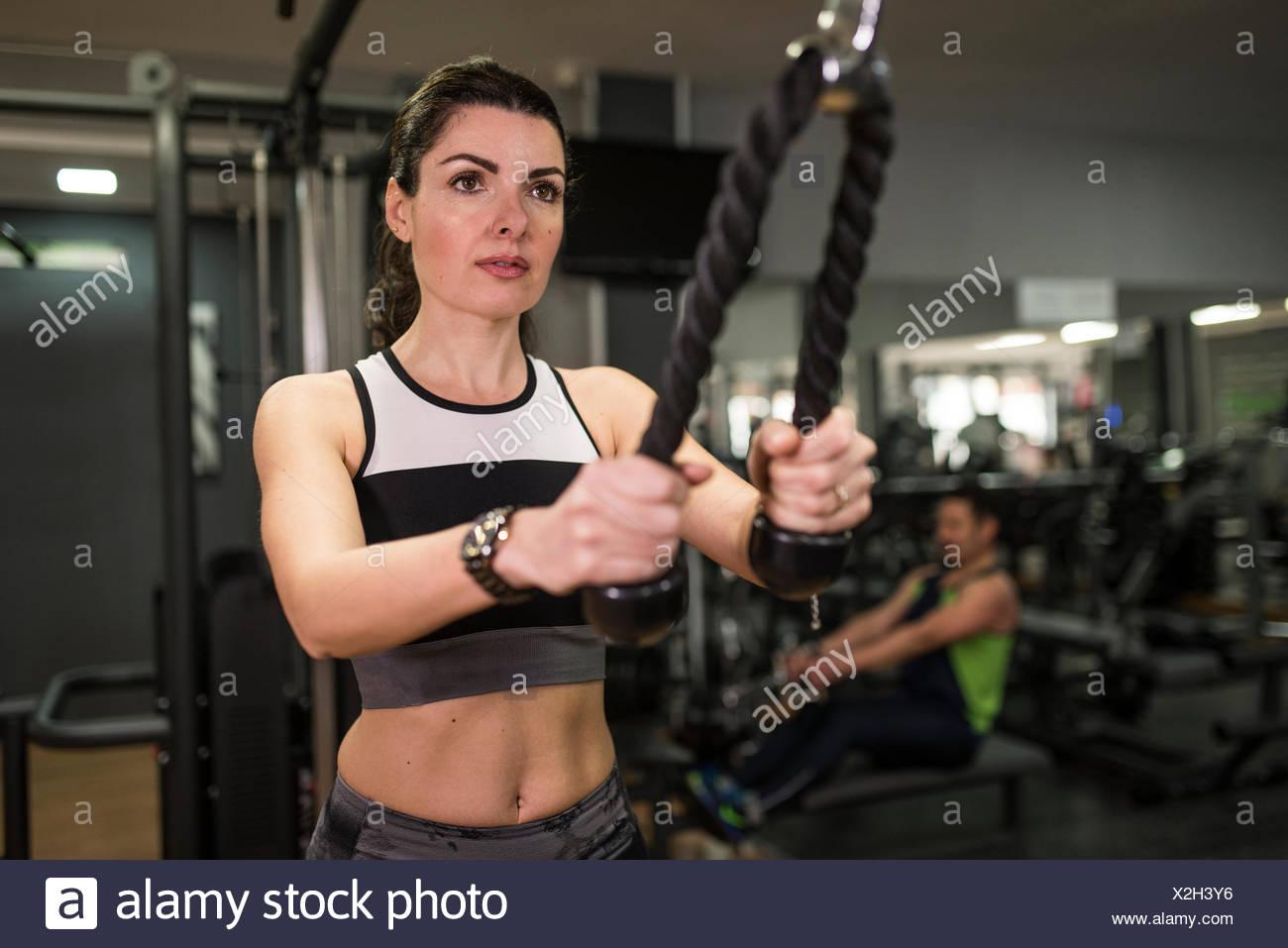 Triceps Muscle Imágenes De Stock & Triceps Muscle Fotos De Stock - Alamy
