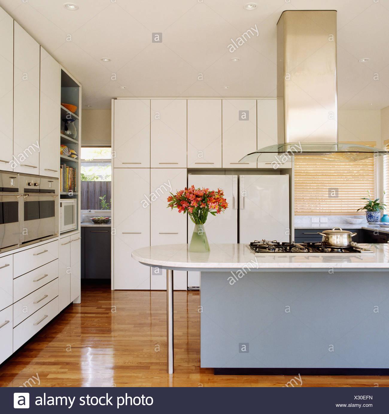 Hermosa Angustiado Isla De La Cocina Blanca Festooning - Ideas de ...